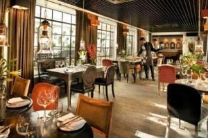 cherie-one-qutub-restaurant-mehrauli-delhi-e1057